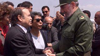 الرئيس الجزائري عبد العزيز بوتفليقة ونظيره الكوبي فيديل كاسترو