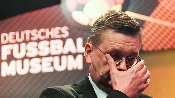 راينهارد غريندل في نعرض أقيم تكريماً لعملاقة كرة القدم الألمانية