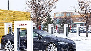 Norveç, trafikteki araçların yarısından fazlasının elektrikli olduğu ilk ülke oldu