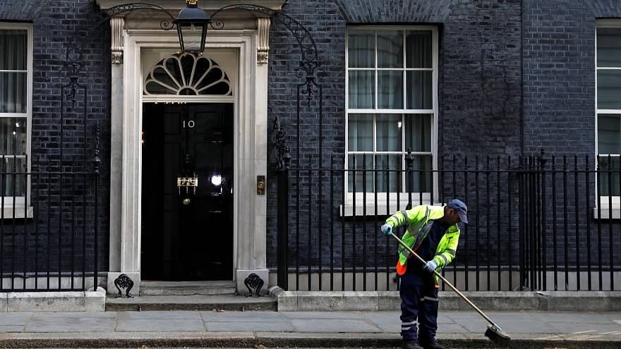 """""""Брексит"""": выход ищет правительство"""