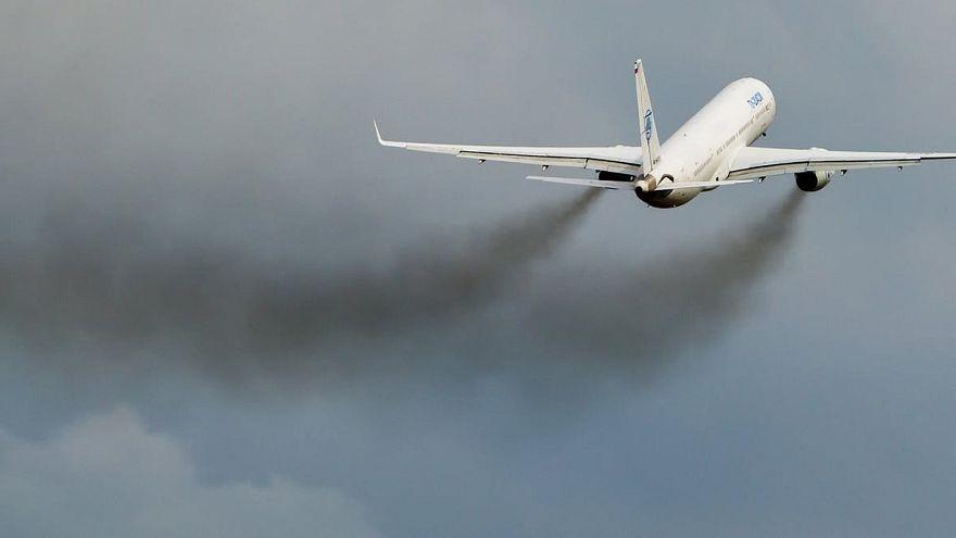 Avrupa'da çevreyi en çok kirleten 10 firma arasına ilk kez bir havayolu şirketi girdi