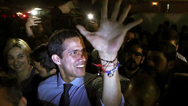 رهبر مخالفان ونزوئلا با لغو مصونیت قضایی در آستانه پیگرد قرار گرفت