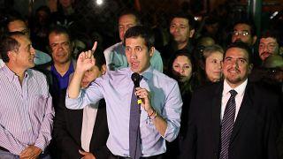 Venezuela'da Guaido'nun dokunulmazlığı kaldırıldı