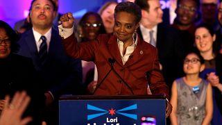 Afroamerikai nő Chicago élén.
