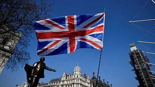 Brexit : la demande de report laisse les Britanniques sceptiques
