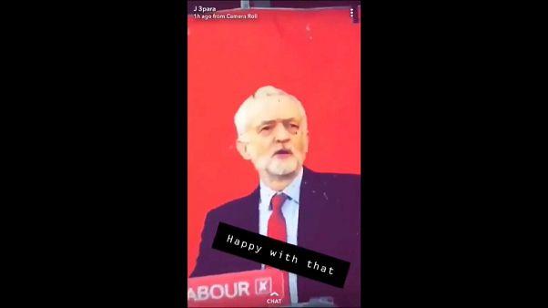 Soldati britannici usano la foto di Corbyn come bersaglio al poligono