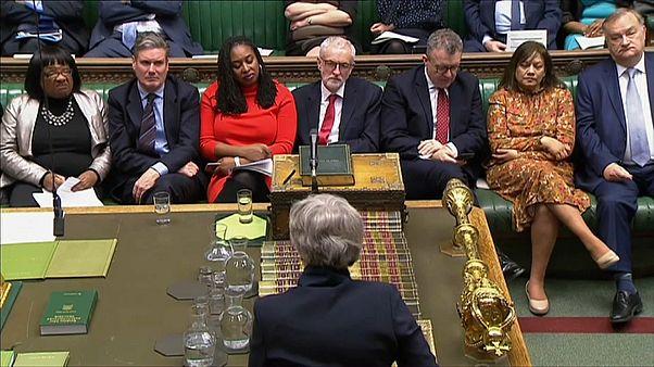 Brexit: occhi puntati su May e Corbyn