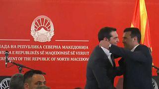 Namensstreit beigelegt - Griechen und Mazedonier: Hallo Nachbarn!