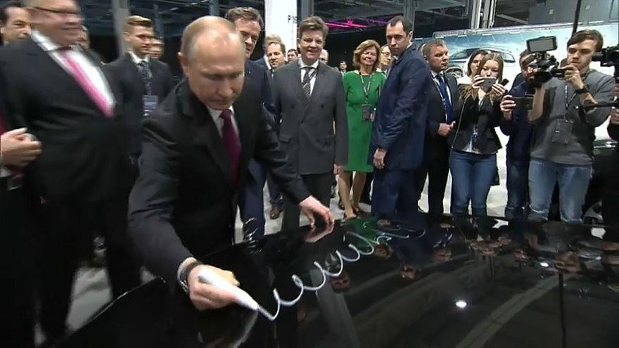 """Mercedes-Benz: """"Сделано в России"""""""