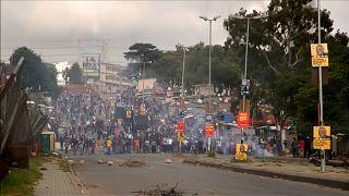 """Протесты в Йоханнесубрге: """"Мир хижинам"""""""