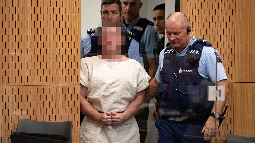 المتهم بإطلاق النار على مسجدين بنيوزيلندا يواجه 50 اتهاما بالقتل