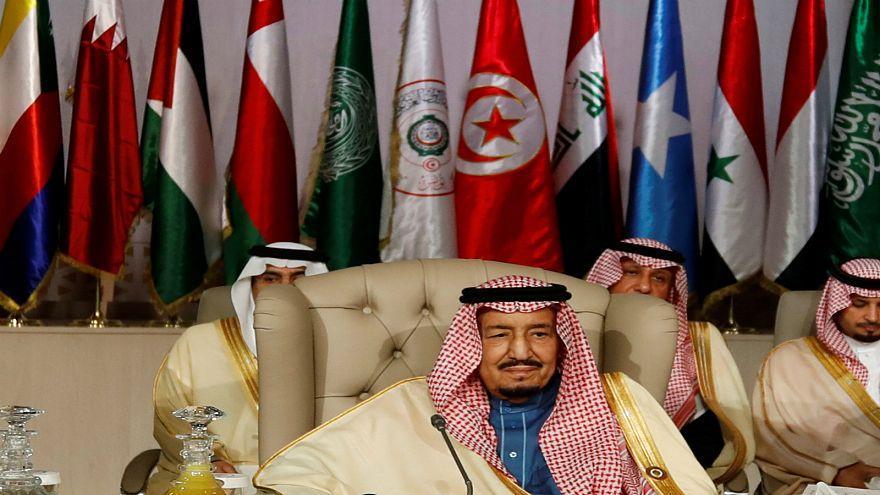 السعودية تفتتح قنصليتها في بغداد والملك سلمان يمنح مليار دولار للعراق