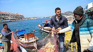 Fatih Gürbüz: Pazarcı, şoför, güvenlik, futbolcu, itfaiyeci ve sonunda Foça Belediye Başkanı
