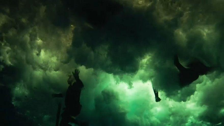 Im Unterwasser-Studio: Tsunami, hausgemacht