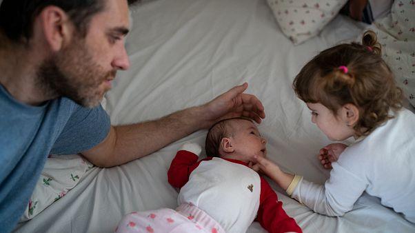 Bebeklerde görülen 'balon çocuk' hastalığı HIV virüsüyle tedavi edildi