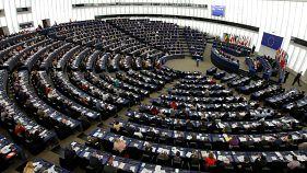 EP-előrejelzés: gyengültek a konzervatívok és a szociáldemokraták
