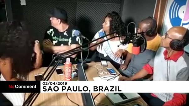 Brazilian radio show robbed live on the internet
