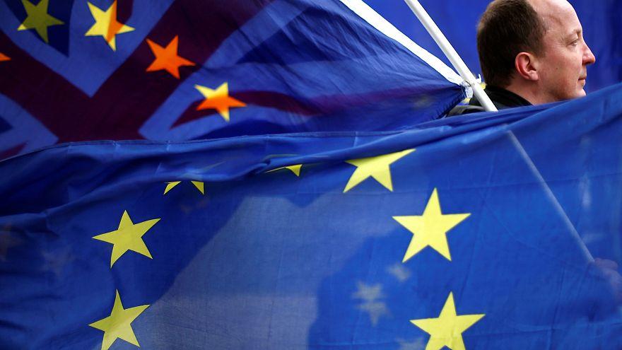 """""""Брексит"""": в Еврокомиссии предчувствуют болезненный разрыв"""
