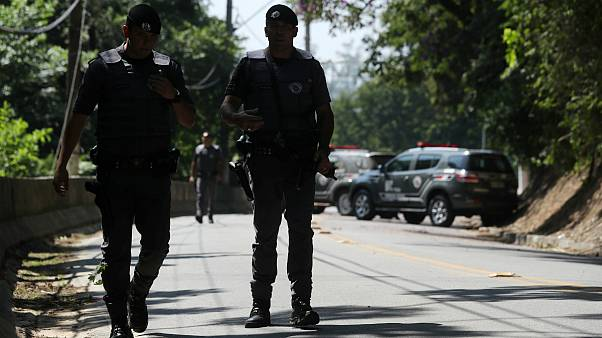 برزیل؛ درگیری میان پلیس و سارقان مسلح خودپردازهای بانک ۱۰ کشته برجای گذاشت