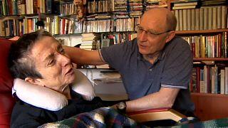 En libertad el hombre que ayudó a morir a su esposa en España