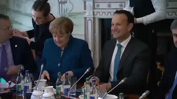 Brexit: Varadkar y Merkel defienden el ultimátum que pesa sobre Reino Unido