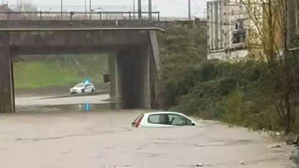 Maltempo nel nord Italia: le forti piogge provocano inondazioni