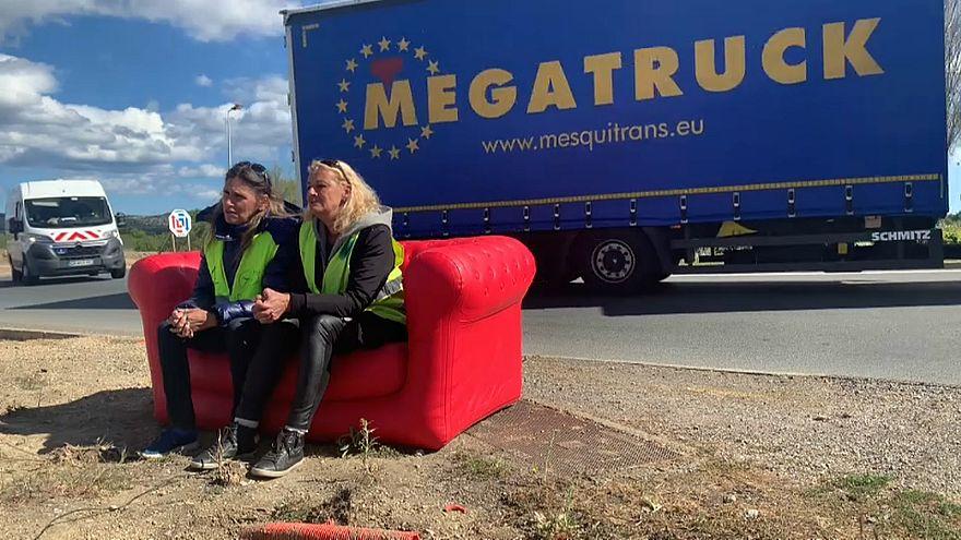 Sur la route des européennes : des Gilets jaunes irréductibles à Narbonne