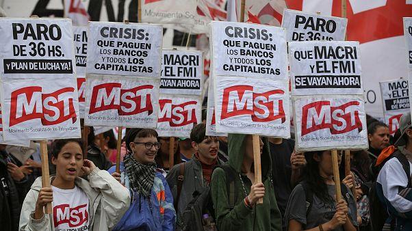 Movilización en Argentina contra la política de Macri