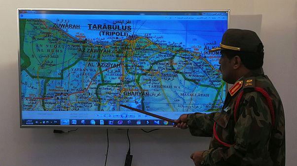 نیروهای دولتی لیبی وفاداران به خلیفه حفتر را از نزدیکی طرابلس عقب راندند