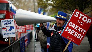 نامه ترزا می به رئیس شورای اروپا برای تعلیق برکسیت تا ۳۰ ژوئن