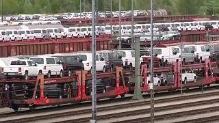 Pollution : l'UE accuse BMW, Daimler et VW