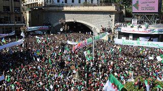 صورة ارشيفية لمظاهرات الجزائر