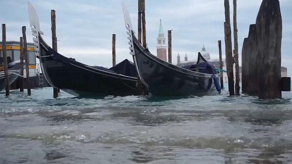 Venezia: acqua alta quasi da record