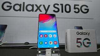 Dünyanın ilk 5G telefonu alt yapısı hazır olan Güney Kore'de satışa çıktı