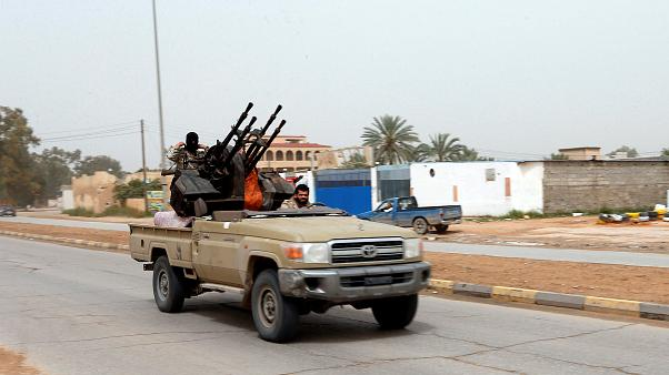 Libia: ancora scontri, mentre l'Onu cerca la mediazione