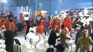 معركة بالكراسي في جنوب افريقيا