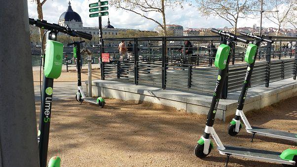 Sie sind einfach überall: bald 40.000 E-Scooter in Paris