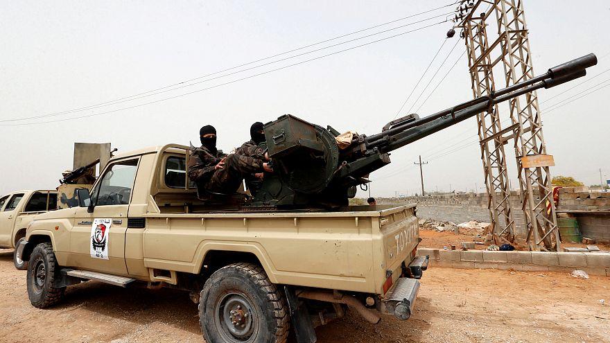 Már majdnem elérte Tripolit Haftar hadserege