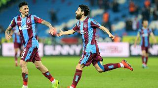 Süper Lig kaldığı yerden devam: Trabzonspor: 4 - Antalyaspor: 1