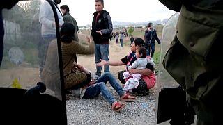 Yunanistan: Sınır açılacak dendi, binlerce göçmen Selanik'e akın etti