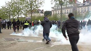 """Les gilets jaunes enregistrent leur plus faible mobilisation pour """"l'acte 21"""""""