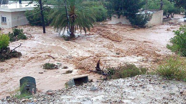 Κρήτη: Πλημμύρες και διάσωση εγκλωβισμένων στη Σητεία