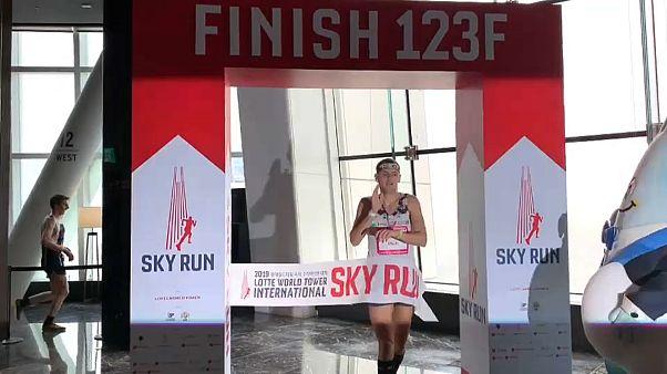 ورزشکار لهستانی رکورد برج پیمایی در سئول را شکست