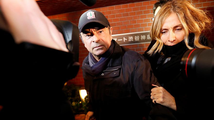 الادعاء الياباني يطلب من القضاة استجواب زوجة غصن