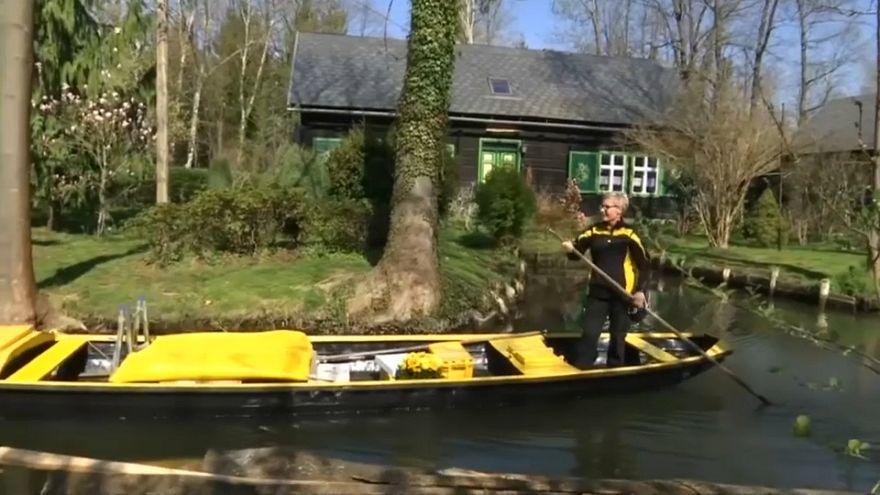 شاهد: إيصال البريد بالقارب في ألمانيا