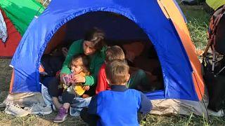 Felszámolják a szaloniki melletti sátortábort