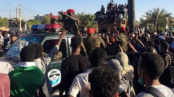 معترضان دولت سودان خواستار مداخله ارتش شدند