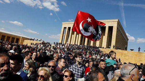 Νέα καταμέτρηση στην Κωνσταντινούπολη ζητάει ο Ερντογάν
