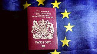 Brexit bitmeden İngiltere pasaportlarından AB ibaresi kaldırıldı