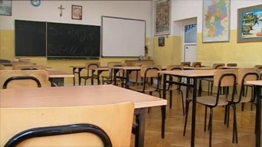 Sztrájkolnak a lengyel tanárok